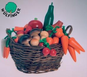 Ξύλινα φρούτα και λαχανικά σε καλαθάκι