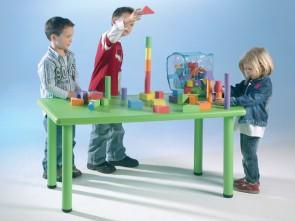 Τραπέζι πλαστικό ορθογώνιο ύψους 58 cm